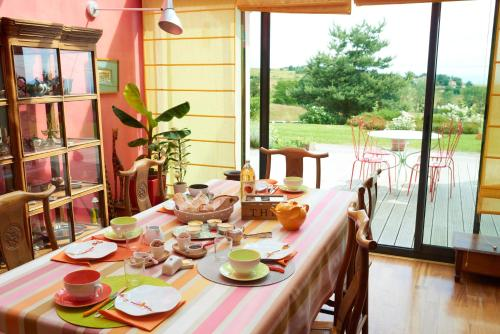 la Palisse : Bed and Breakfast near Salaise-sur-Sanne