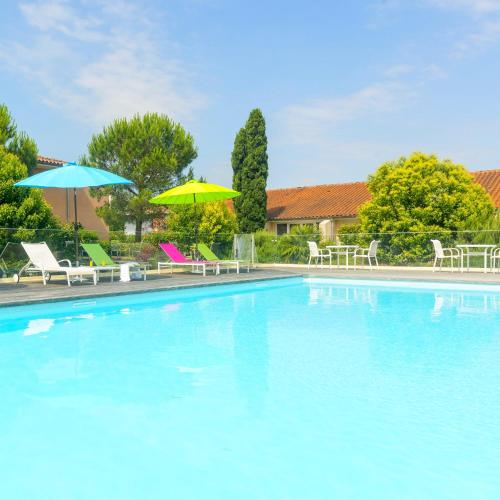 Residence de Diane - Cerise Hotels & Résidences : Guest accommodation near Villeneuve-Tolosane