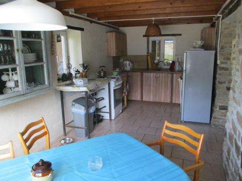 La Bonne Vie Calvados : Guest accommodation near Lassy