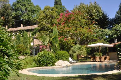Le moulin bas : Guest accommodation near Adissan