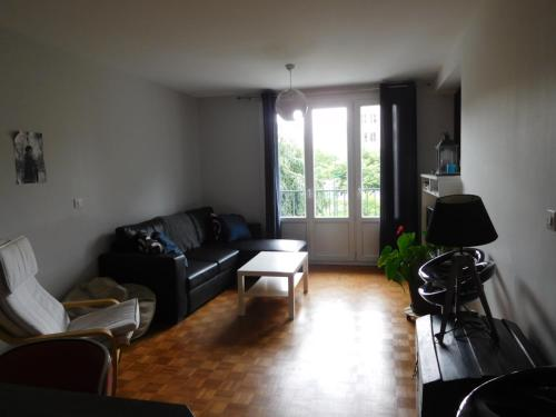 Appartement Caen Centre : Apartment near Hubert-Folie