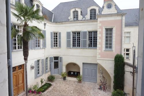 Asturias - Saumur Centre : Bed and Breakfast near Les Ulmes