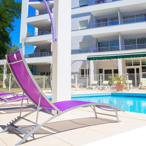 Residence Les Jardins Du Lac - Cerise Hotels & Résidences : Guest accommodation near Laluque