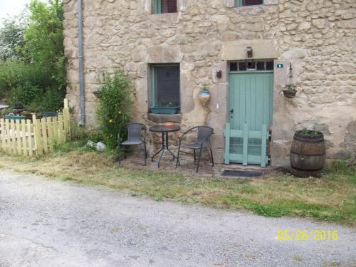 La Petite Maison : Guest accommodation near Boussac