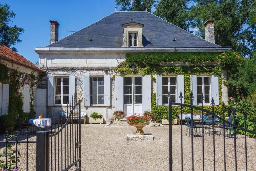 Dolce Vita en Dordogne : Bed and Breakfast near Saint-Christophe-de-Double