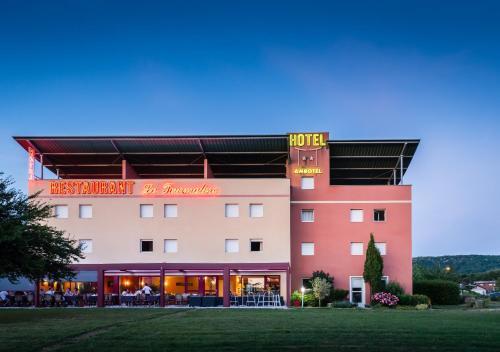 Hotel Ambotel : Hotel near Ambérieu-en-Bugey
