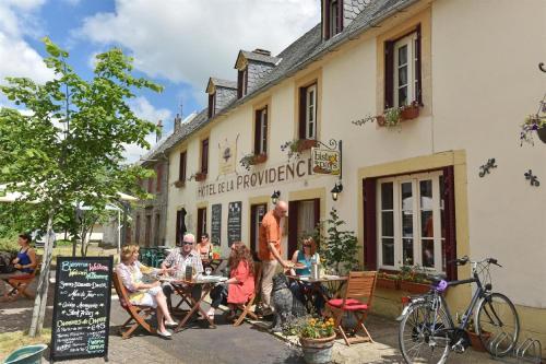 Auberge De La Providence : Hotel near Chastreix