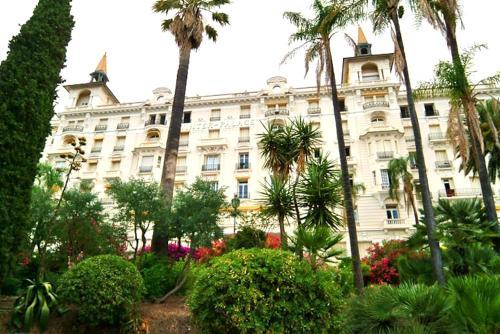 Winter Palace : Apartment near Gorbio