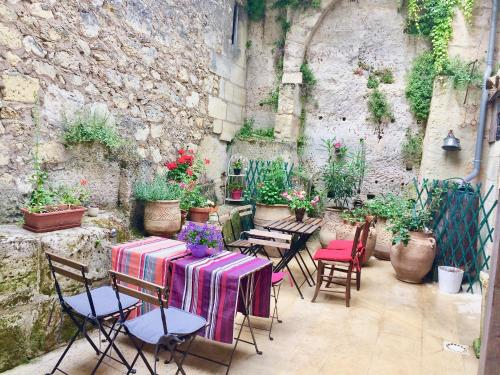 La Maison Colline : Guest accommodation near Saint-Christophe-des-Bardes