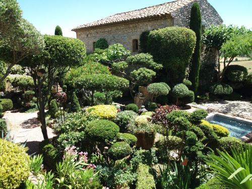 Les Buis de Lussan : Bed and Breakfast near Lussan