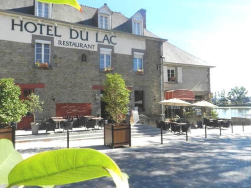 Hôtel Restaurant du Lac : Hotel near Tinténiac