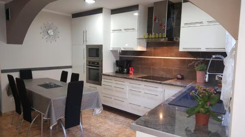 Appartement Carnus Rodez : Apartment near Rodez