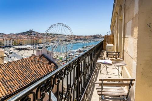 Le Republique - Balcon sur le Vieux-Port : Apartment near Marseille 2e Arrondissement