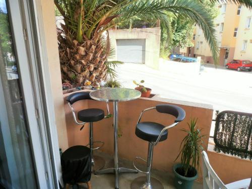 Cosy Nîmes : Apartment near Nîmes