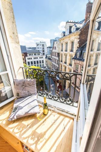 charming city center flat : Apartment near Rouen