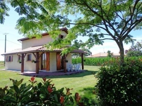 House Gîte du plat ii : Guest accommodation near Rion-des-Landes