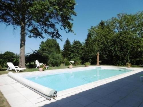 House La dugue ouest : Guest accommodation near Classun