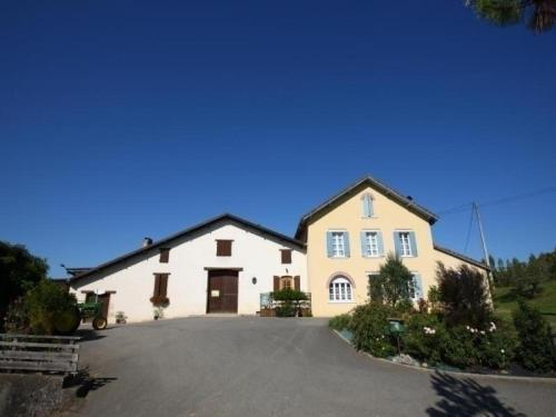 House Cabernet : Guest accommodation near Heugas