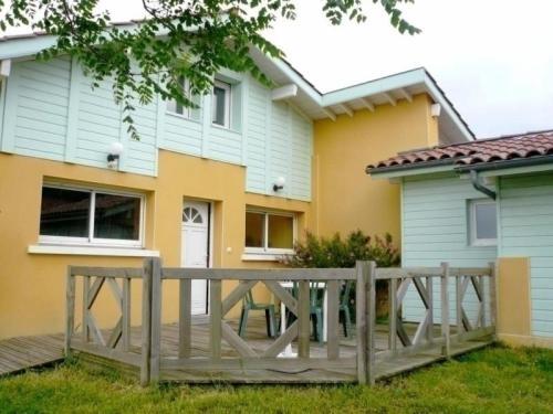House Mylène : Guest accommodation near Orist