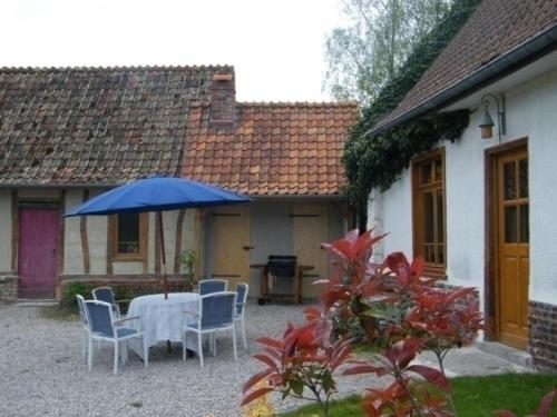 House Le gite du poirier : Guest accommodation near Licques