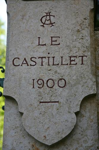 Castillet : Guest accommodation near Trept