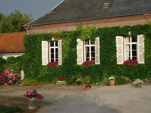 Maison de maître en baie de Somme : Guest accommodation near Favières