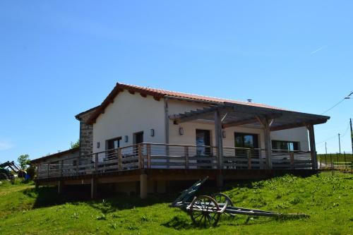 Ferme auberge briassou : Guest accommodation near Roche-en-Régnier