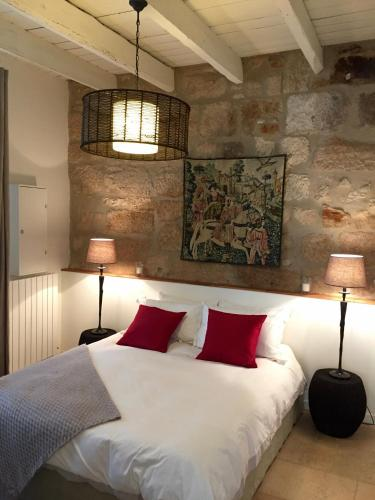 Maison Laurier : Guest accommodation near Arpaillargues-et-Aureillac