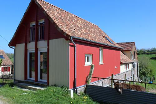 La Grange Du Festel : Guest accommodation near Yvrench