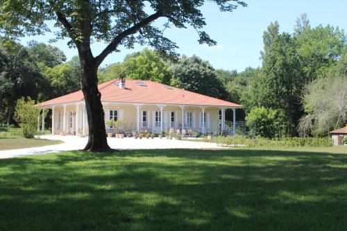 Parenthese Cestas : Guest accommodation near Marcheprime