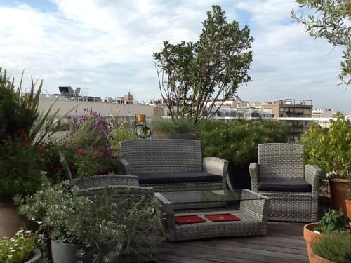 Maison atypique sur le toit d'un immeuble : Apartment near Issy-les-Moulineaux