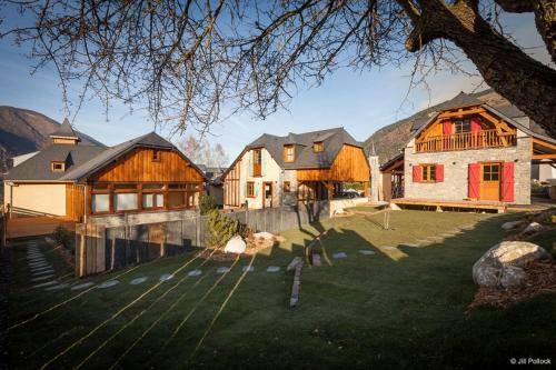 Les Hauts de Saint-Lary : Guest accommodation near Camparan