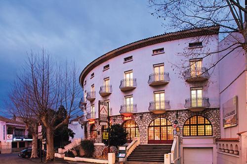 Hôtel La Chaumière : Hotel near Ginoles
