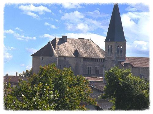 Les Chambres De La Renaissance : Hotel near Chazey-sur-Ain