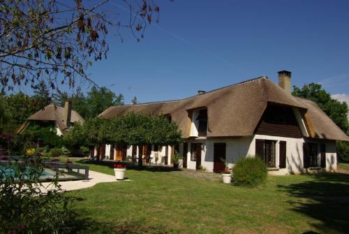 La cle des reves : Bed and Breakfast near Trelins