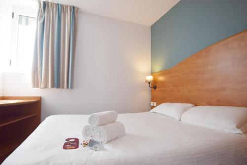 Best Hotel Caen Citis - Hérouville-Saint-Clair : Hotel near Mathieu