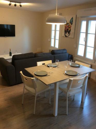 montreuil sur mer : Apartment near Offin