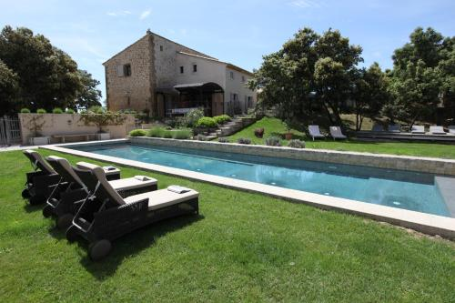 La bergerie de Nano : Bed and Breakfast near Saint-Hippolyte-le-Graveyron