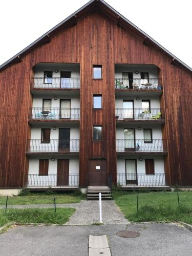 Appartement T3 Luchon : Apartment near Lège