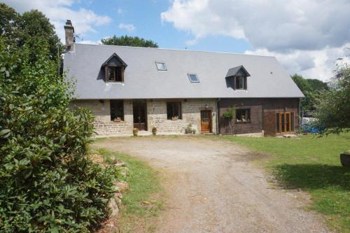 Maison du Murphy : Bed and Breakfast near Brouains