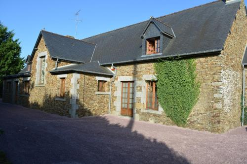 Mont Saint Michel Gite : Guest accommodation near Saint-Aubin-de-Terregatte