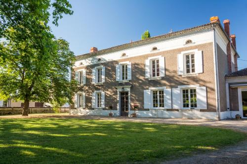 Préchac Park : Bed and Breakfast near Saint-Michel-de-Castelnau