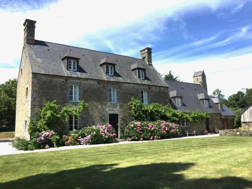 Le Domaine de Belleville : Bed and Breakfast near Dragey-Ronthon