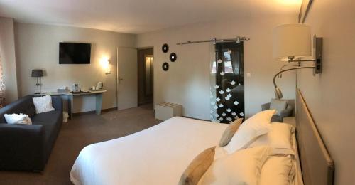 Hotel Spa Le Relais Des Moines : Hotel near Fontenelle-Montby