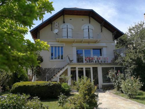 Villa Le Gai Soleil : Guest accommodation near Saint-Apollinaire