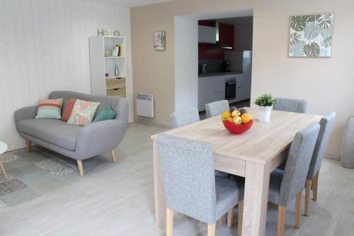L'Annexe du Clos d'Esquay : Guest accommodation near Martragny