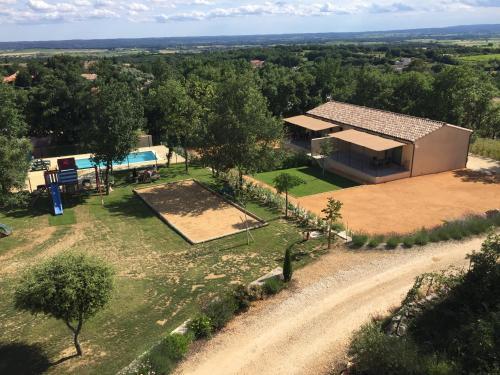 les gites de lauriol : Guest accommodation near Bourdic