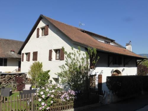 La Vy Bochenay : Apartment near Sallenôves