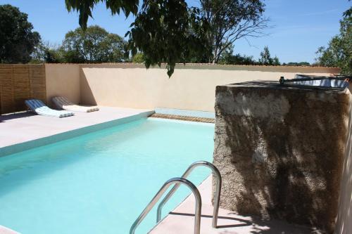 Villa Route de Bessan : Guest accommodation near Montblanc
