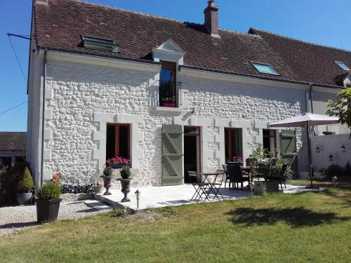 Les 3 Provinces : Bed and Breakfast near Jeu-Maloches